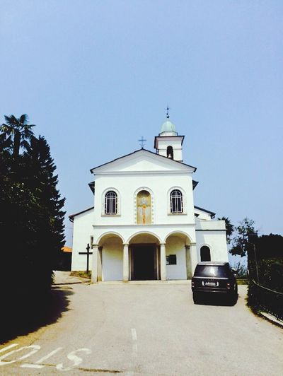 Capturing Freedom Blue Sky Summer Italy Take Me To Church Church Freedom Blue And White Traveling SUV