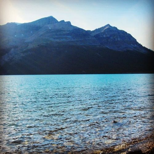 Of course there's peace in this busy world. If you are willing to find it. Travel Vacation Holiday Tourist nature sky sun lake beautiful sunset blue skylovers skypainters mothernature ladd00 scenery roadtrip canada explorecanada travelcanada explorealberta ab alberta rockies banff
