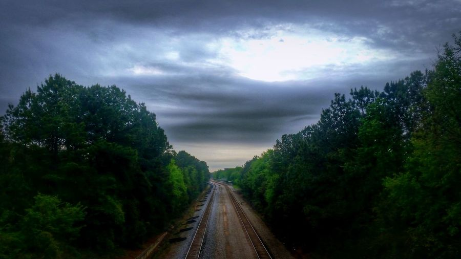 Pre-storm (which is now upon us) -- you can see a slightly different shot without hdr on my other account, if that's what you're into: @simplepoetography. HDR Hdr_Collection Hdr Edit Sky Cloud - Sky Clouds And Sky Storm Cloud Storm Clouds Stormy Weather Thunderstorm Train Tracks Tracks The Way Forward Tree Trees Nature Beauty In Nature No People Outdoors Day Landscape Landscape_Collection Urban Nature Light And Shadow Sunlight The Great Outdoors - 2017 EyeEm Awards