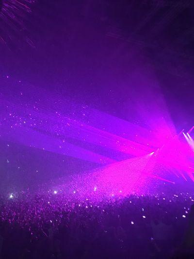 Enjoyment Stage Light Nightlife Human Body Part Popular Music Concert Indoors  Excitement Crowd People Laser