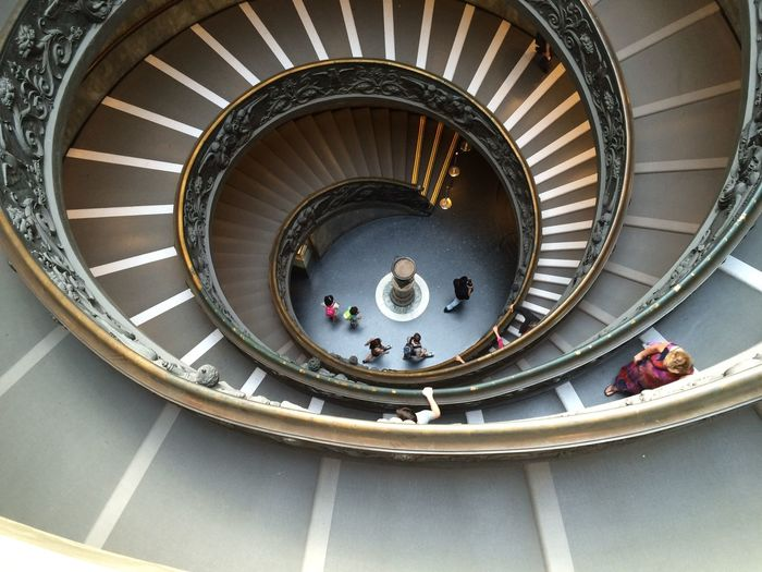 Bramante double helix staircase... (it´s located at the end of the museum visit) Bramante EyeEm Best Shots EyeEm Selects EyeEm Gallery EyeEmBestPics Vatican Architecture Eyeemphotography High Angle View Indoors  Italy Museum Photography Photooftheday Real People Spiral Spiral Staircase Staircase Steps And Staircases Tourism Travel