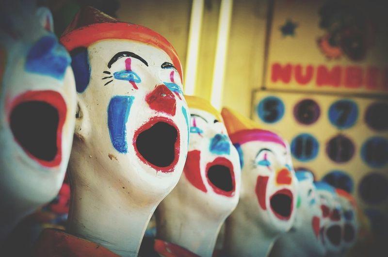 Show Clowns