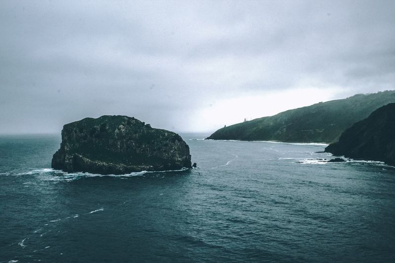 Sea Nature Beauty In Nature Sky Water Scenics Tranquility No People Horizon Over Water Canon Shoreline Foggy Morning Moody Sky Mood Captures Weather Cliffside Island Pirates Inspirational Moment Cinematic The Week On EyeEm Perspectives On Nature