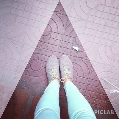 """""""A great shoes will take you to great places"""" ? """"một đôi giày tốt sẽ đưa bạn đến những nơi tốt đẹp"""" @piclabapp! Piclab"""