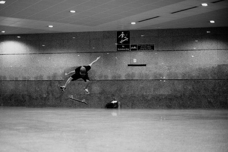 No skateboarding Streetphotography Blackandwhite People Skateboarding People Watching Streetphoto_bw B&w