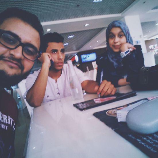 احلي الاوقات مع الاصدقاء♥♥♥