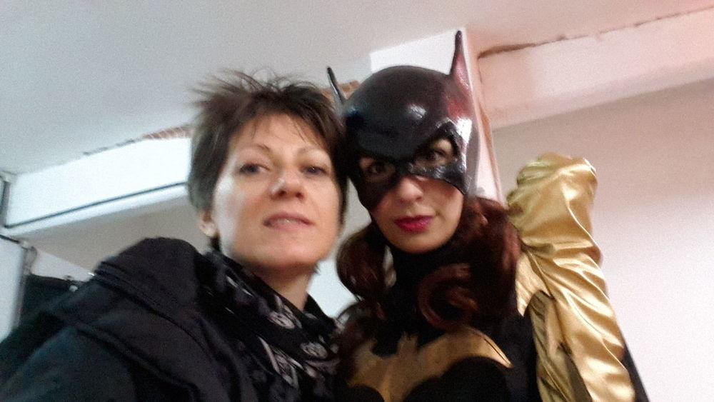 Selfie con Super Hero Batgirl EyeEm Selfie Awards 2014 s4