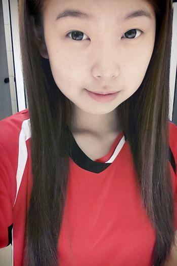 I'm Asian Girl ♥ No Make Up! Badminton I'm Vanessa no make up..Let's exercise! ! smile^_^