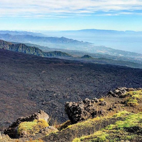 Etna...excursion..panoramic! Italy Sicily Catania Etna Mountain Volcano Excursion Great day Panoramic 180degrees Relax Stopnoises Wild Greatday Nature Nature lovers Downhill Trekking Awesomeplaces Green