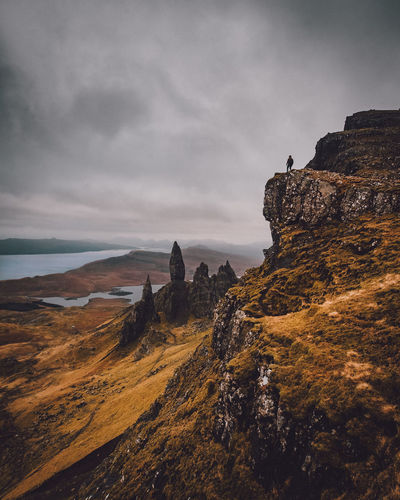 Old Man Storr Sky Cloud - Sky Beauty In Nature Rock Scenics - Nature Tranquil Scene Rock - Object Nature Rock Formation Tranquility Solid Mountain Non-urban Scene Land Sea No People Water Cliff Idyllic Outdoors Formation Eroded Mountain Peak Storr Scotland