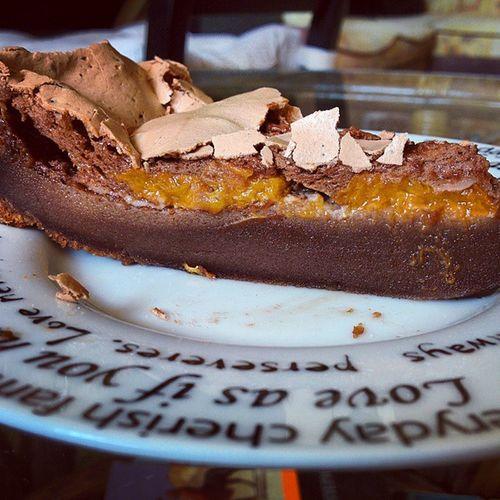 готовлюдома пирогшоколадный пирогсабрикосами Еда пирог абрикосы