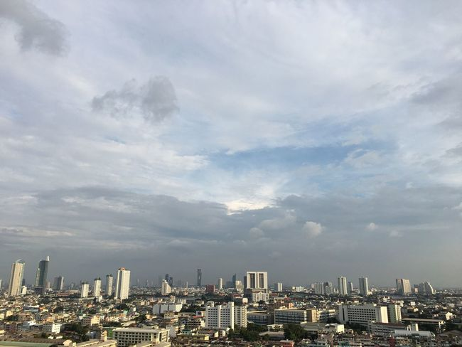 #cloud #sky EyeEm Selects Thailand Bangkok Bangkok Thailand #beautifulnature Building Exterior City Built Structure Architecture Cityscape Cloud - Sky Building Sky Skyscraper Nature Urban Skyline City Life Outdoors No People