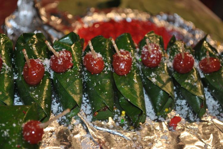 Paan Abundance Berry Fruit Betel Close-up Focus On Foreground Food Freshness Green Color India Indian Indian Food Leaf No People Paan Red Selective Focus Still Life