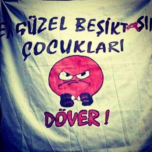 Emre Belözoğlu'na yapılan saldırıyı, sevinç ve mutlulukla karşılıyorum. Elinize sağlık. çarsı Affetmez 20Numara Siyah Beyaz Forzabesiktas Herkes Akılı Olsun