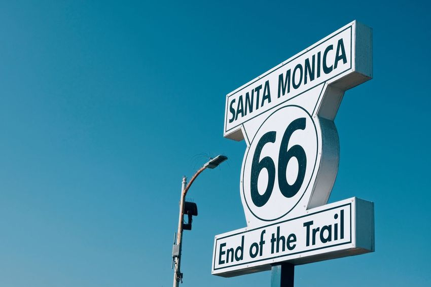 Santa Monica Pier Pier Santa Monica Text Western Script Communication Guidance Blue Road Sign Capital Letter
