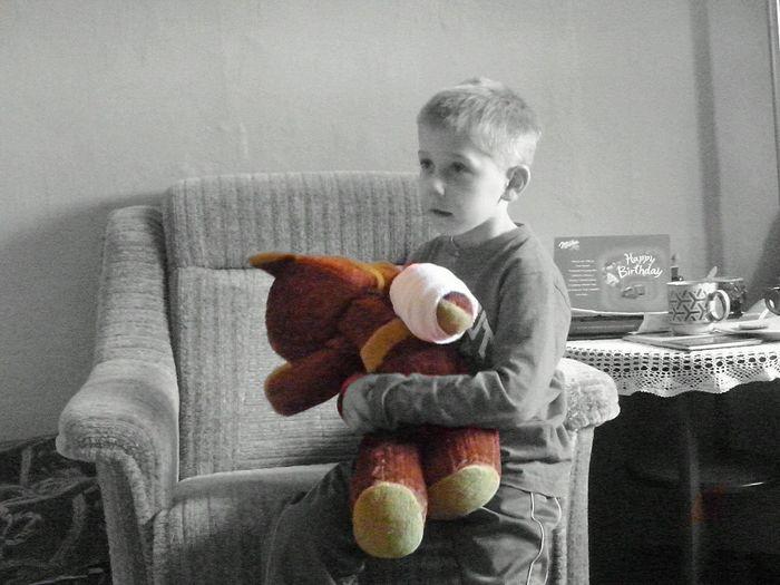 Kids Kid Teddy Teddybear Sick Sad Colors Colours Colour