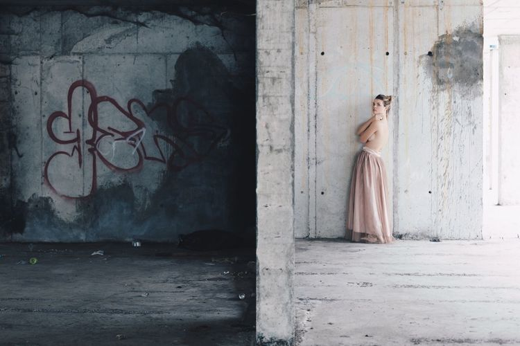 Abandoned Buildings Women Around The World EyeEmNewHere Built Structure Nüde Art. Architecture Abandoned Places Young Adult Shirtless One Photo Dress Women Only Women Bride Females Fashion Adults Only One Woman Only Wedding Dress Adult One Person People Portrait Outdoors Day One Young Woman Only Women Around The World