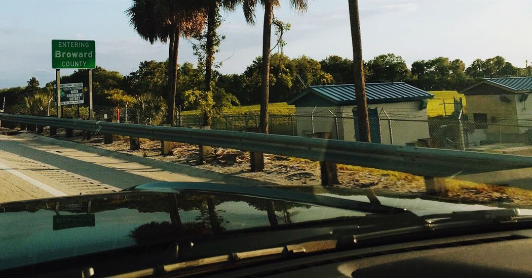 Sawgrass Expressway Everglades  Water Management Checkpoint In The Driver's Seat  as usual 😚 MeinAutomoment