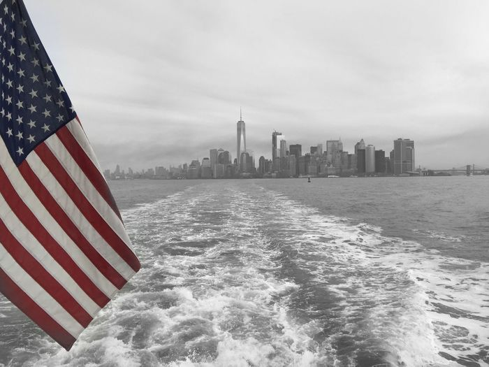 A6000 Kit Lens New York New York City Manhattan Sony A6000 America Empire State USA Stars And Stripes Patriotism City Water Nature Building Cloud - Sky No People Freedom Outdoors The Architect - 2018 EyeEm Awards EyeEmNewHere