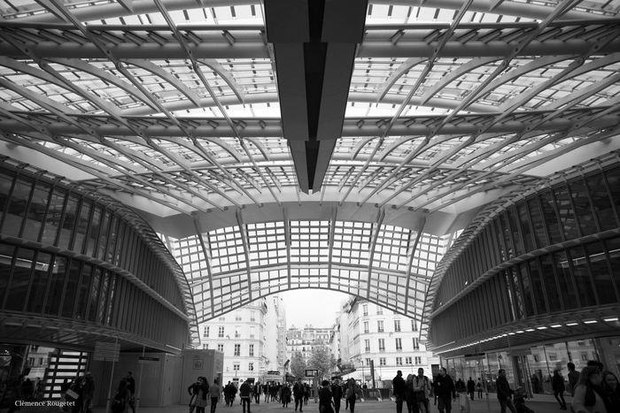Canopée de Châtelet - Les Halles, Paris 1er. Streetphotography Paris Follow Blackandwhite Perspective Followme Chatelet Châtelet Les Halles Paris Architecture