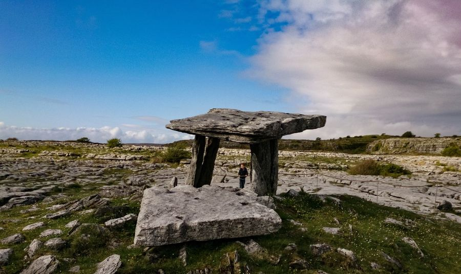 Cemetery Perfectly Imperfect Ancient Architecture Ancient Civilization Ancient Dolmen Ireland Photo Of The Day EyeEm Selects Wild Atlantic Way EyeEm Gallery EyeEm Best Edits Eyeemphotography Awesome My Ireland Summer Eye Em EyeEm Best Shots Nature Nature Stone - Object Outdoors Beauty In Nature Non-urban Scene Old Field Landscape Environment