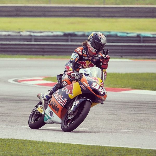 And we have Peace sign on track from Karel Hanika No.98 from RedBull Ktm Ajo factory Racing (official KTM factory team)