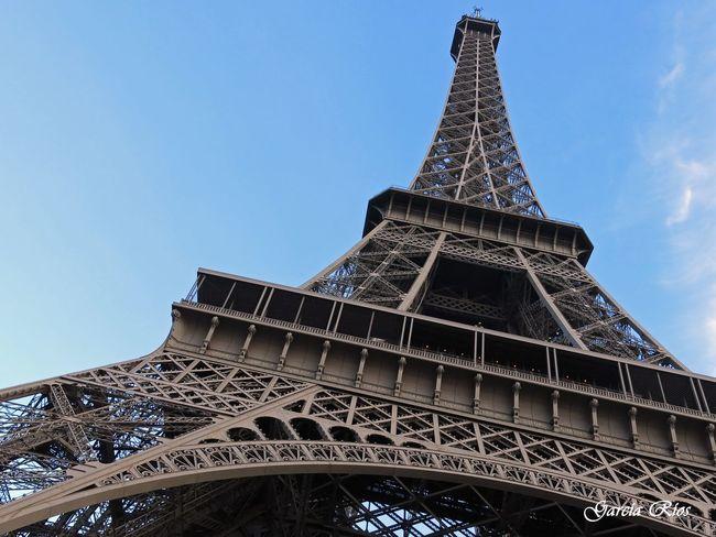 Manu García Manu Torre Eiffel Paris Europe Trip Europe Europa Eiffel Tower