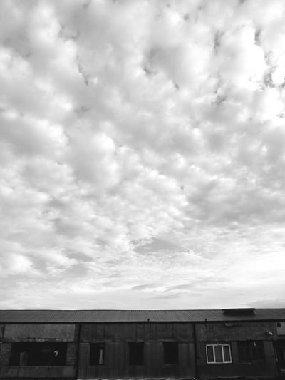 Built Structure Building Exterior Architecture Cloud - Sky No People Sky Outdoors Day Low Angle View City