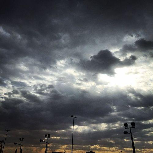 تصويري  صباح_الخير صباحكم_اجواء جميلة . .