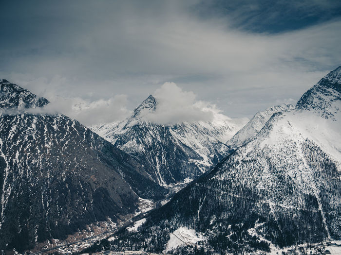 Mountain Cold Temperature Snow Winter Beauty In Nature Cloud - Sky Environment Scenics - Nature Landscape Nature Snowcapped Mountain Mountain Range No People Sky Non-urban Scene Day Tranquil Scene Sport Outdoors Range Location Place Mountain Peak