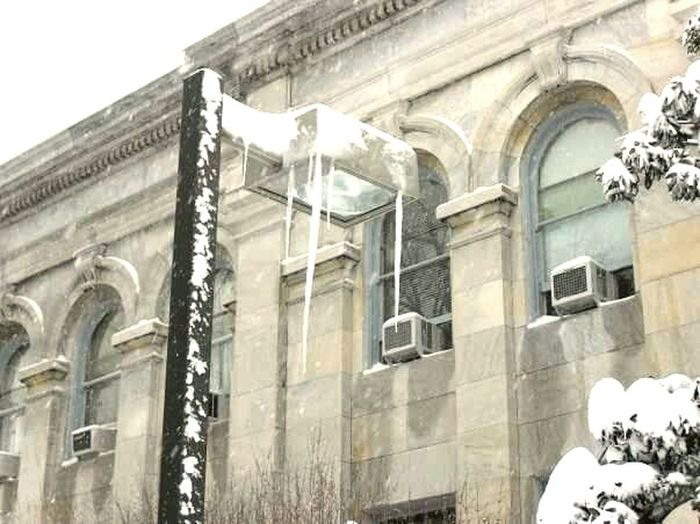 Light Post Winter Icicle Watching Washington DC Cold It's Cold Outside Icicles Stone Cold Scene