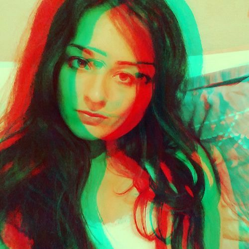 Negative Effect Portrait Myself Portrait Something Green Red Red Green Color Tomorrow Is Sunday Mood Of The Day