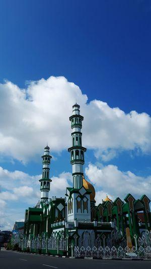 Happy Mawlid an Nabi. May peace always be upon all Muslims in the world. Maulidnabi 12rabiulawal1440h