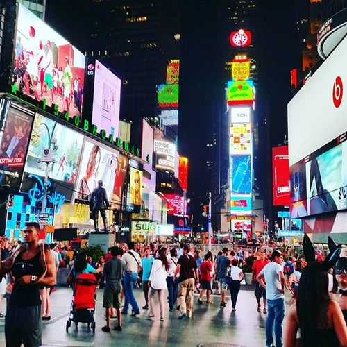 No new photos as my camera phone lens is broken 😢 so looking through our dream holiday photos. Times Square was such a crazy place to experience. So grateful for an amazing holiday with my daughter @rach3llxx IWantToGoBack  Timesquare Crossroadsoftheworld Newyork NYC Holidaymemories Cityscape Manhattan Newyorkcity