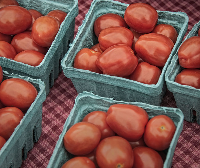 Hydroponically grown ripe tomatoes. Agriculture Vegetarian Food Abundance Close-up Farm Stand Farmer's Market Food Food And Drink Freshness Healthy Eating High Angle View Hydroponic Vegetables Large Group Of Objects Market No People Red Tomatoes Retail  Ripe Ripe Tomatoes Tomato Vegetable