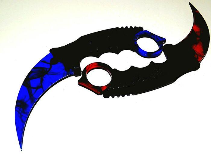 Blue Blade Red Blade Knifes Eyeem Market EyeEm Gallery EyeEm Getty Collection
