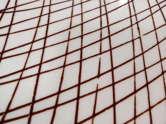 Chocolate plate garnish art ArtWork Chocolate Chocolate Garnish Chocolate Work Dessert Garnish Garnish And Serve Garnish Art Pastry Garnish Plate Garnish Sweets Sweets.... Sweet♡