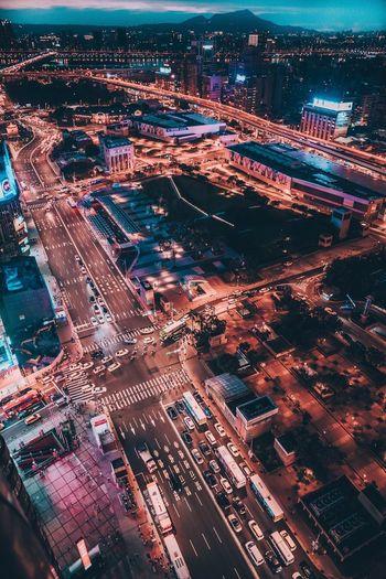 """Taipei main station"" The largest traffic transfer station"" Night Urban Rooftop City Life Cityscapes Street EyeEm Best Shots EyeEm Lifestyles Purple Urban Exploration Life EyeEm Taiwan EyeEm Best Edits Eyeemphoto"