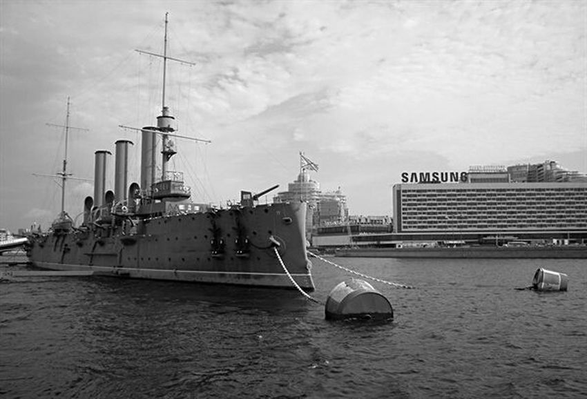 Saint Petersburg Thesea Avrora The Ship The City Blackandwhite