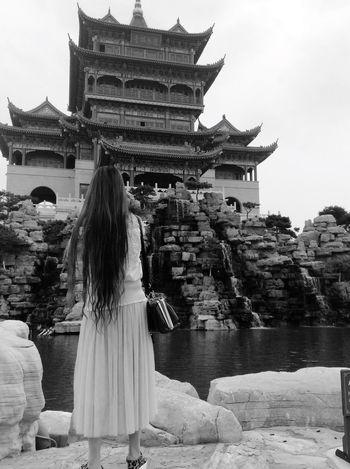 The Traveler - 2015 EyeEm Awards Asian Culture Landscape RobertEkbergTallberg Blackandwhite Today's Hot Look