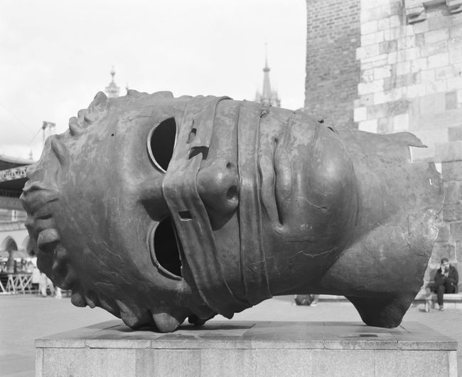 Analogue Film Krakow Market Square Poland Statue Travel Headshot Krakow Market Square Sideways