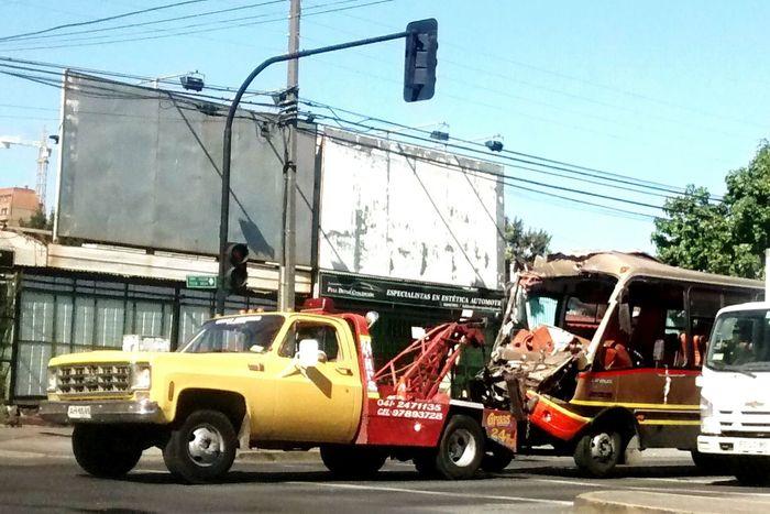 Accidente Choque Grua Taxibus Centro Concepción Chile