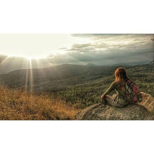 ... kleine Wanderung auf die Lausche im Zittauergebirge, mit Blick ins Nachbarland Girlfriend Naturshots Wandern Trail mountains climbing sunrise germany czech pozor grenze naturgram view