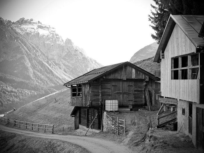 Mountain Montagna Monochrome Biancoenero Monocromía Blackandwhite Dolomiti Comelico Architecture Building Exterior Sky Built Structure Agricultural Building Farmhouse