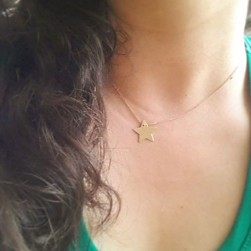 En son yildizlari yazmistim blogda, paylasamadim.Insanda ne zevk ne huzur birakiyorlar.Kendimizi iyi hissettirecek birseyler yapacak olsak bile paylasamiyoruz...Toplumca refah icinde yasayacagimiz Mutlu  gunler olur umarim💐 Iyigeceler Goognight Yildiz Star Blog Blogger Jewellery Jewelry Jewelry Gold Lovegold Fashion Lifestyle Wanderlust Link in Bio