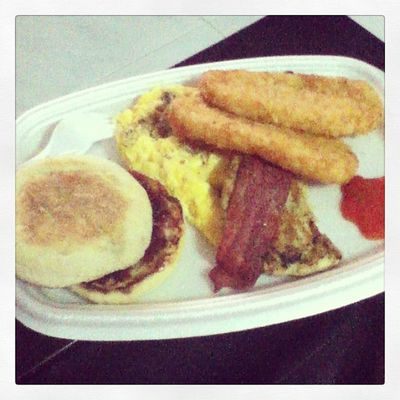 ~Pre-heat McDonald's Breakfast for lunch ! Lol!