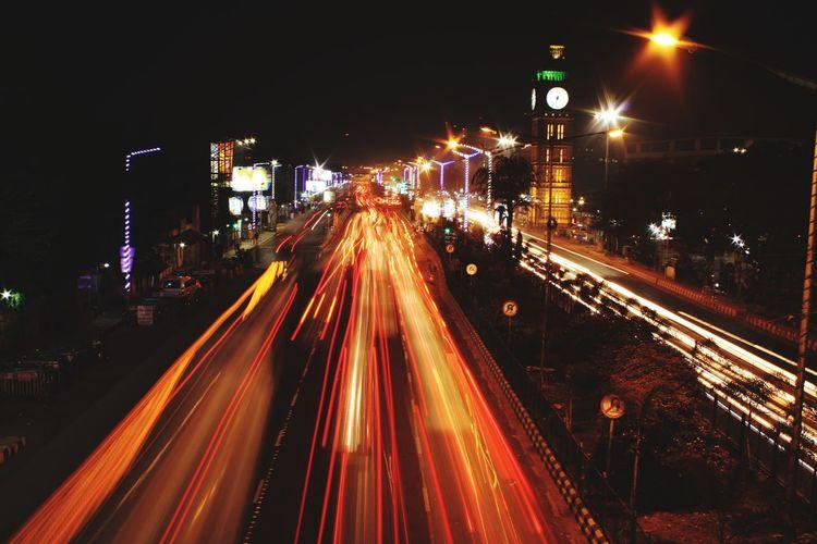 busy Kolkata