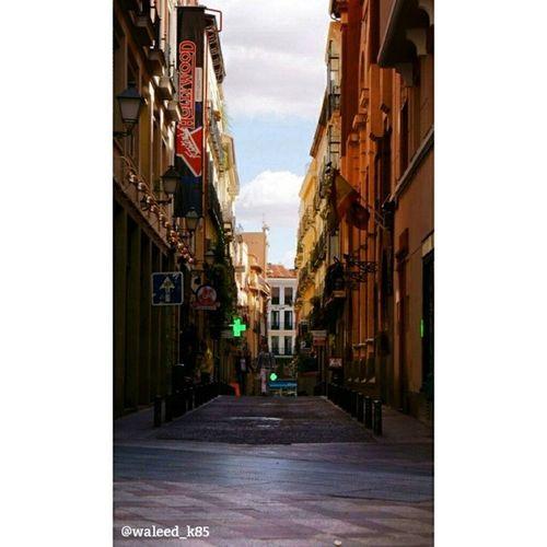 Beautiful Architecture at an Alley in CalleMontera near calle GranVia Gran_via street. madrid spain españa Taken by my SonyAlpha dslr a200. Taken in my 2012 summer trip مدريد اسبانيا تصميم معمار