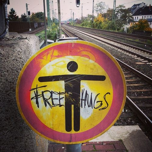 Free Hugs :D Hugs Forfree SpreadTheLove Freehugs Freehug Limitless Limit Love
