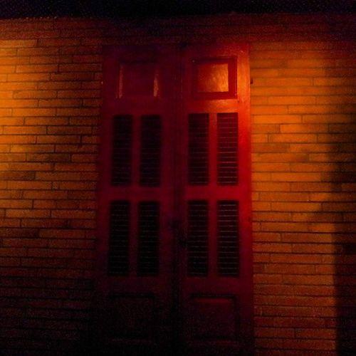 Ferdinand Pub Resto Hamra TagsForLikes instawine instamusic instafood friends goodmood relax window wood old red
